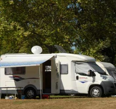 location emplacement camping car herault